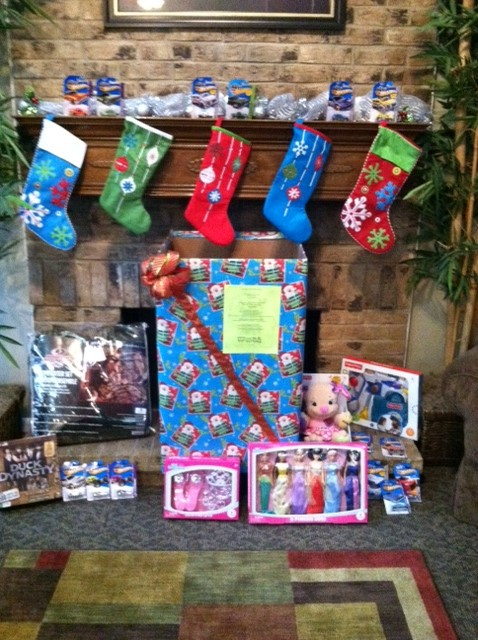 Display Toys For Tots : In the spirit of giving bh