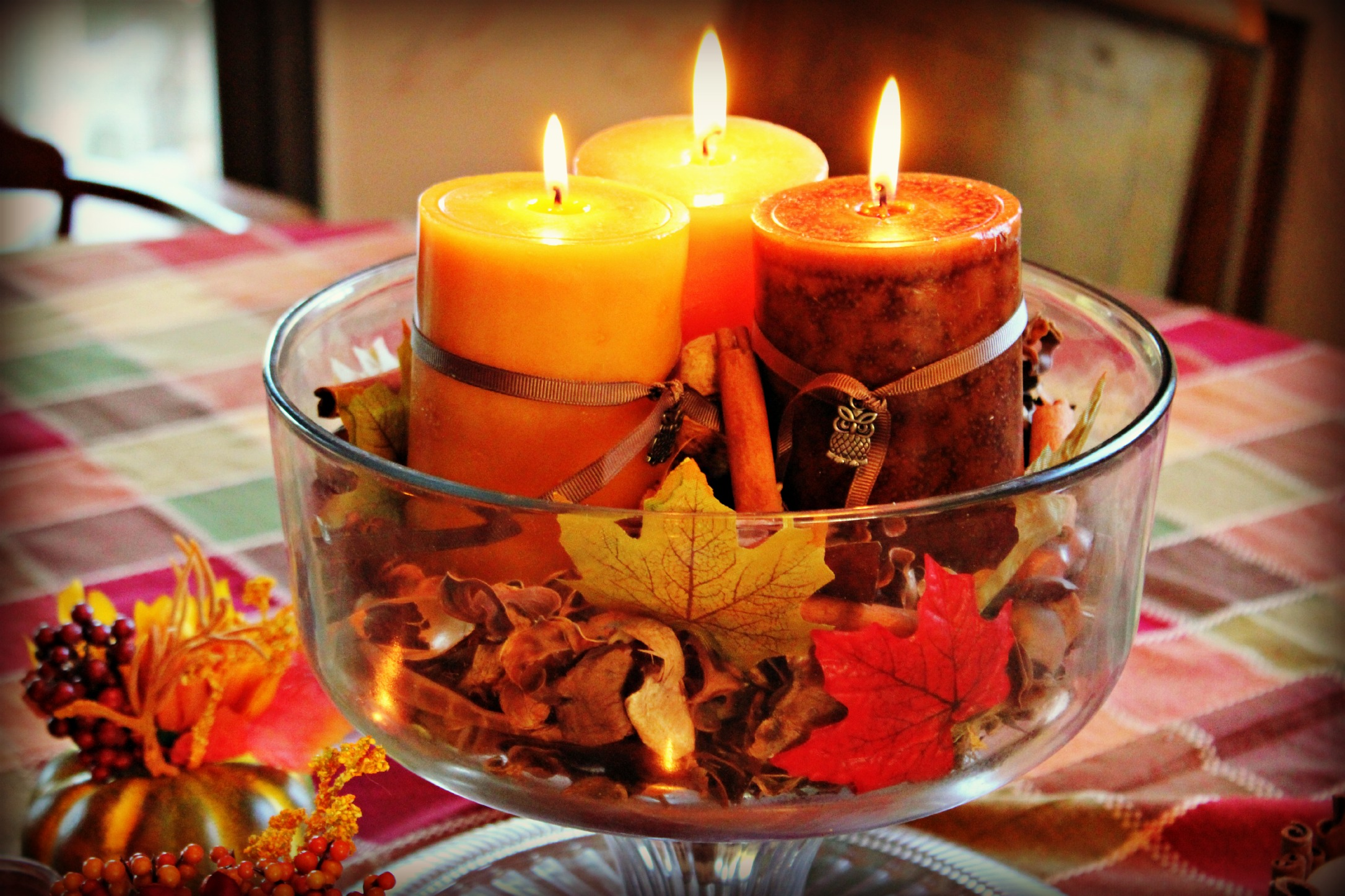 Decorating your apartment for fall the bh