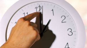 GTY_fall_back_time_change_clock_sk_131101_16x9_992