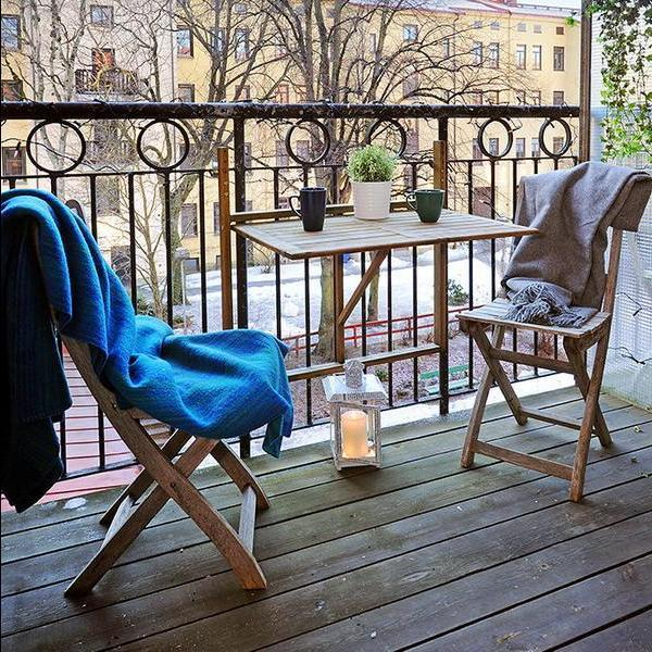 how to make the most of your patio or balcony the bh blog. Black Bedroom Furniture Sets. Home Design Ideas